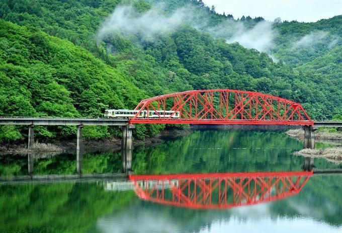 錦秋湖.jpg